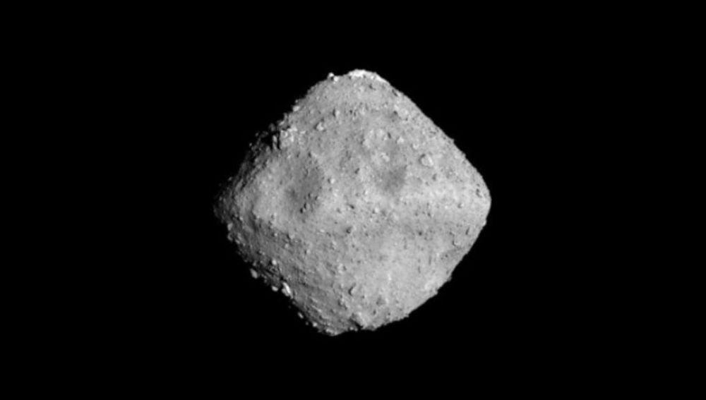 La sonda Hayabusa 2 manda los primeros datos del asteroide Ryugu