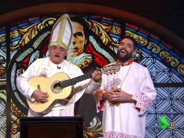 """El 'papa Wyoming' y el 'monaguillo Mateo' rezan en 'la iglesia Aznariana' al ritmo de 'no cavaré, no cavaré, la tumba del dictador"""""""