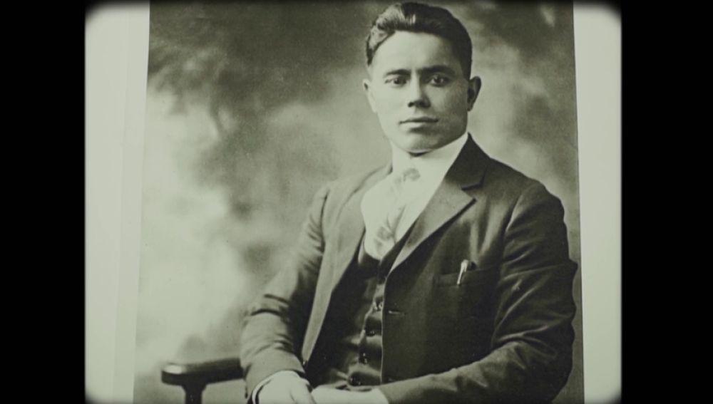 """La historia de vida del abuelo de Emilio Silva: """"Luchaba por una escuela pública y se lo llevaron para asesinarlo en una cuneta"""""""