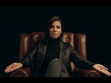 ¿Hemos estado viviendo en un mundo virtual? Ana Pastor viaja al futuro para repasar lo ocurrido en el nuevo milenio