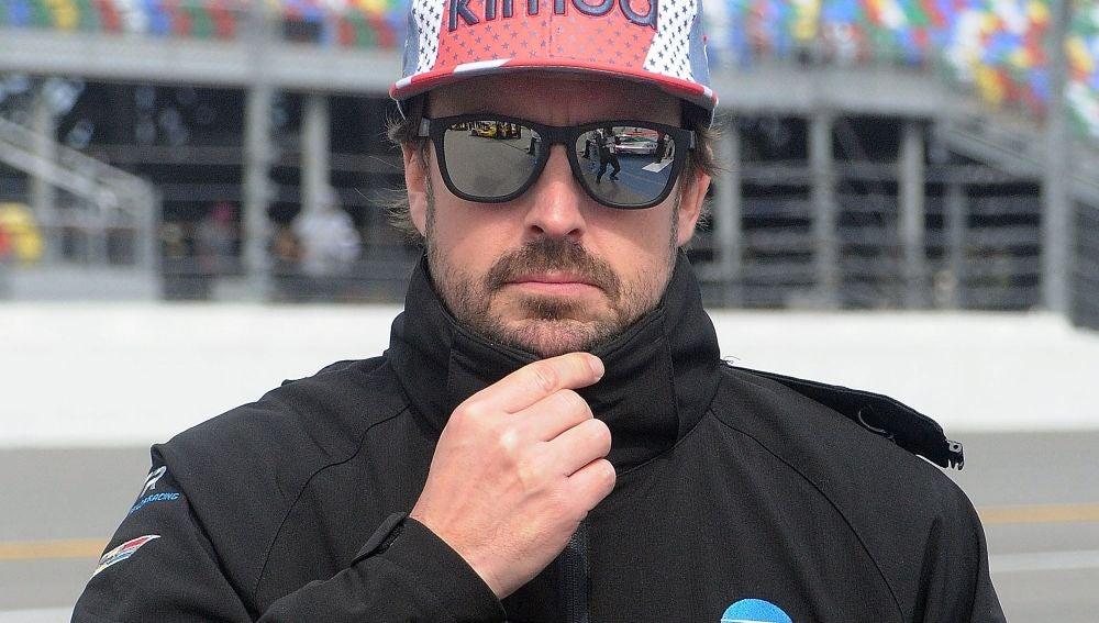 McLaren confirma a Fernando Alonso para los test de Bahréin