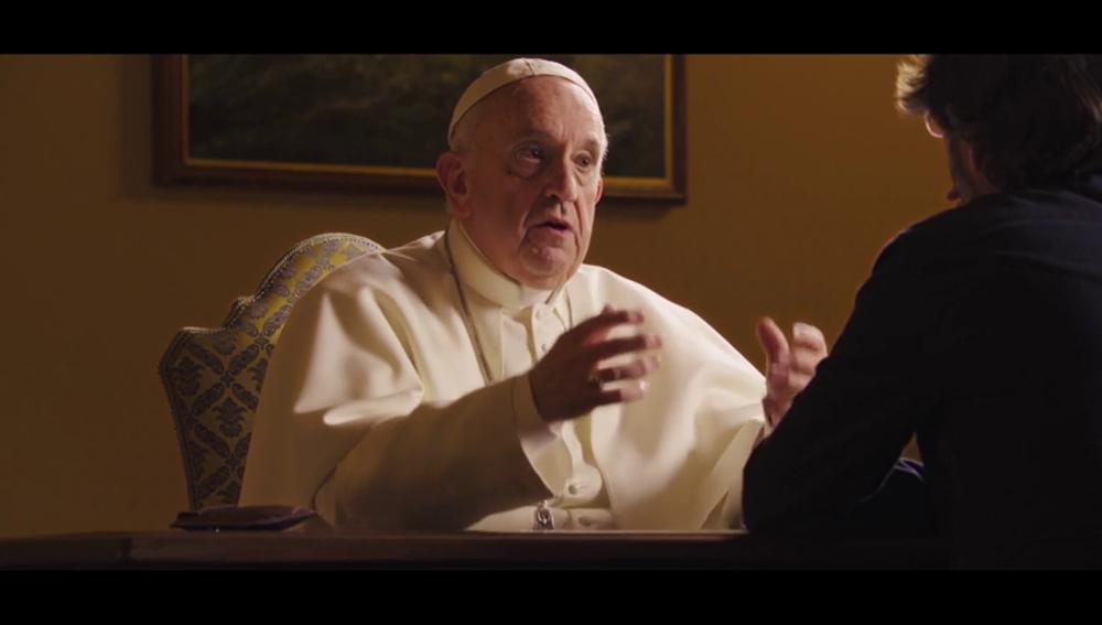 """El papa Francisco alerta de la posible vuelta de regímenes genocidas ante tanta campaña del miedo: """"Hitler dejó muchos cadáveres así"""""""