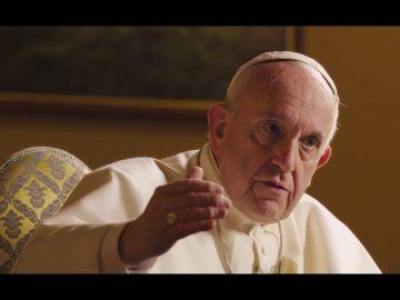 """El papa, sobre el aborto en caso de violación: """"¿Es justo alquilar un sicario para resolver un problema?"""""""