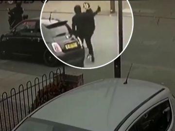 Ataque a un joven en Reino Unido