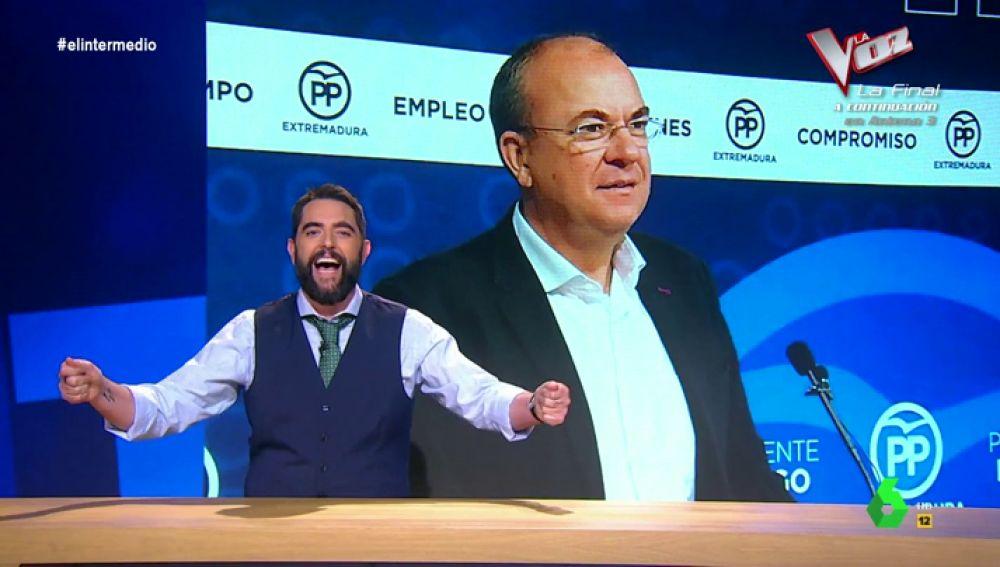 """Dani Mateo cumple """"el sueño"""" de Monago y lo integra en Camela: """"Le gusta tanto Camela que no tiene coche oficial, tiene coche de choque oficial"""""""