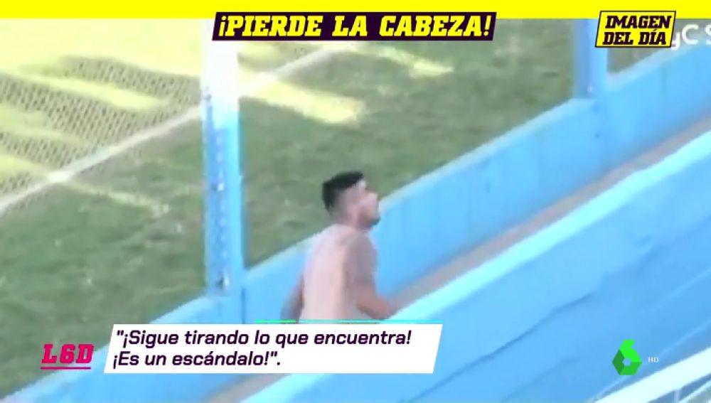 Un futbolista se lía a pedradas contra la directiva rival tras bajar de categoría con su equipo