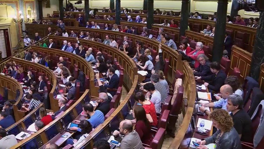 La ley de eutanasia: la propuesta que une a PSOE, Ciudadanos y Unidas Podemos mientras Vox y PP la evitan