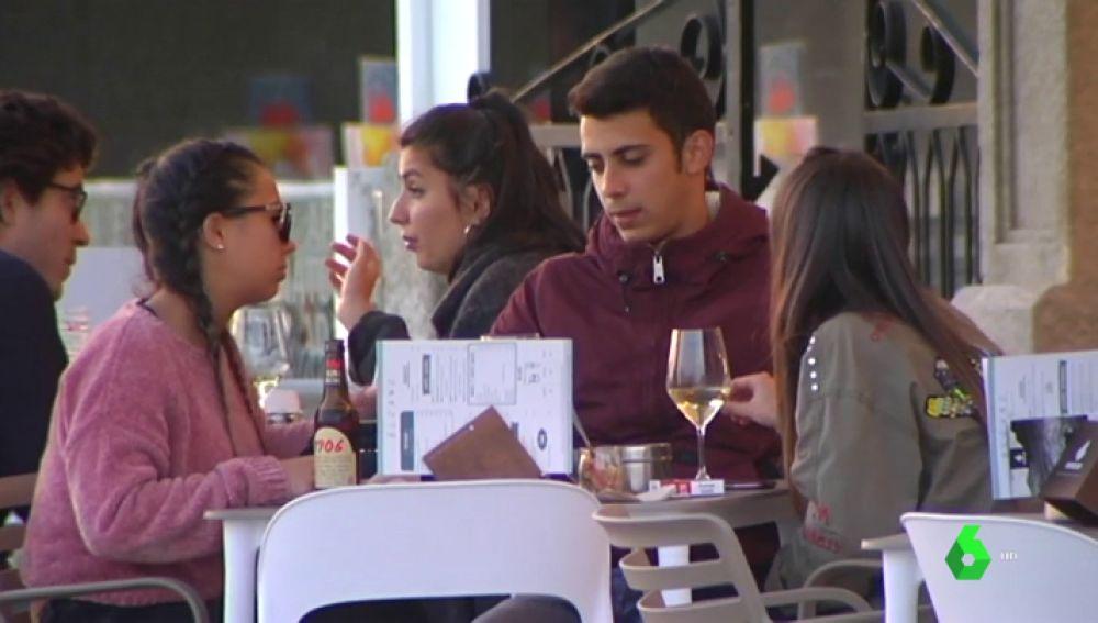 Hosteleros de Galicia denuncian que no encuentran personal para sus comercios