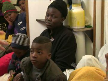 Imagen de migrantes rescatados por el barco 'Alan Kurdi'