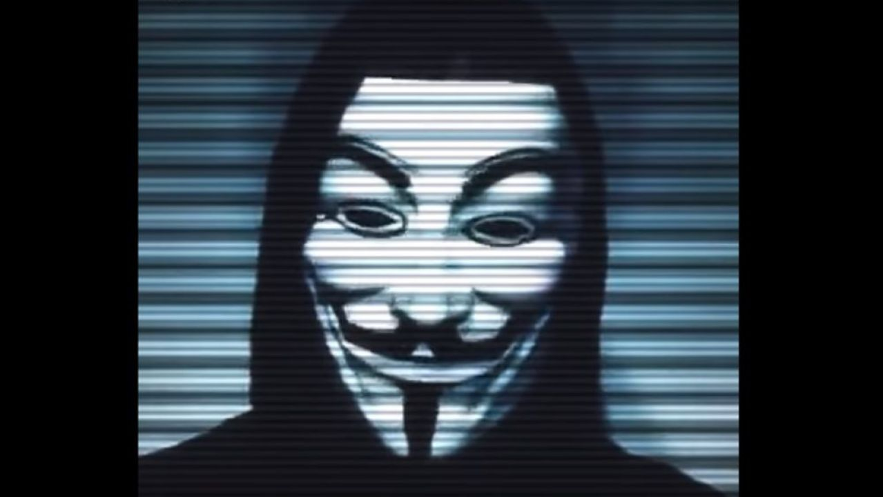 Anonymous pide borrar TikTok: dice que es app de espionaje chino