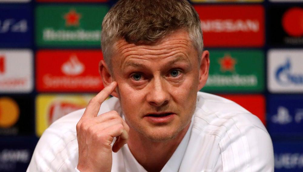 Solskjaer, en rueda de prensa en el Camp Nou