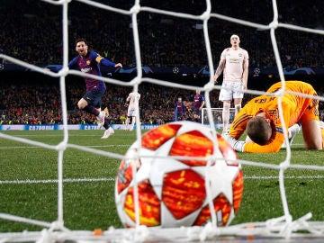 Messi festeja su segundo gol a De Gea en el Camp Nou
