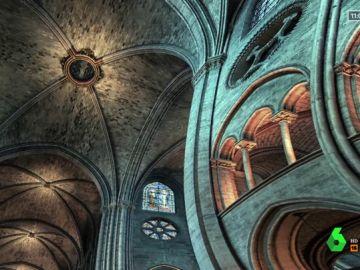 El homenaje a Notre-Dame: el techo de la catedral parisina preside el plató de Al Rojo Vivo