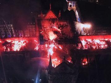 El incendio de Notre-Dame, a vista de dron
