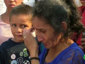 Entre Lágrimas y heridas: así acaba el viaje de centenar de migrantes detenidos de camino a la frontera co EEUU