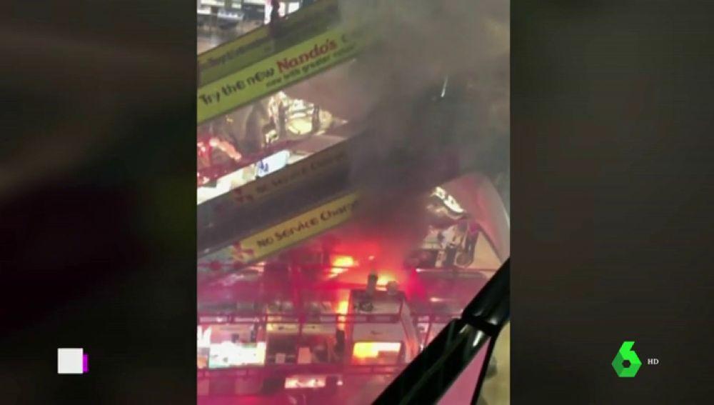 Incendio en un centro comercial de Singapur