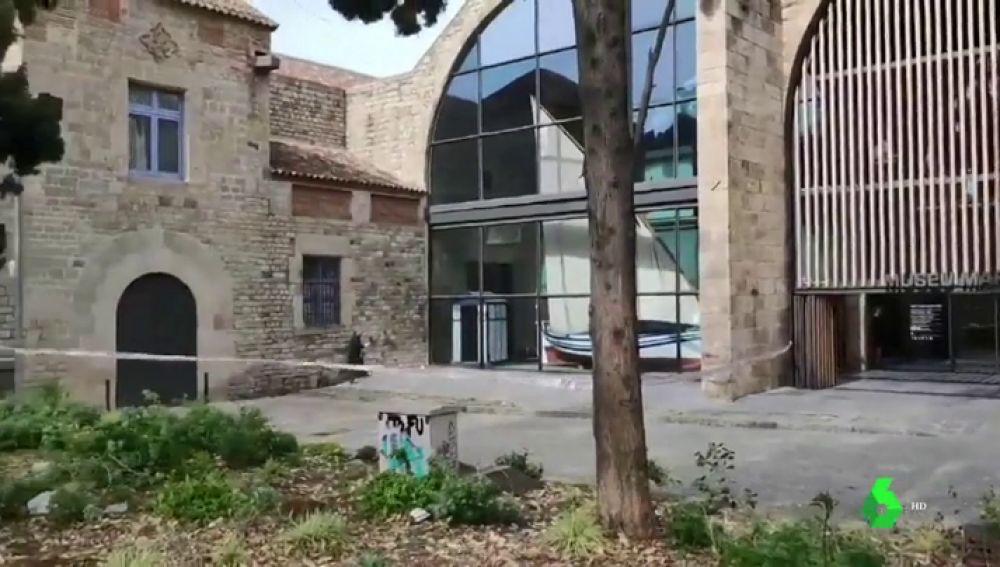 Lugar de la brutal agresión y violación en Las Ramblas
