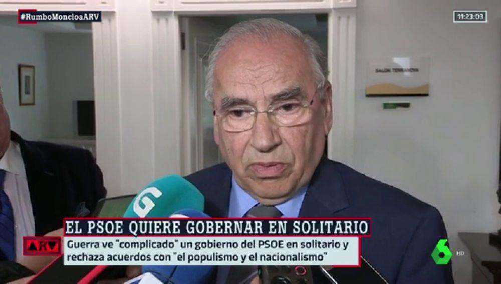 """Alfonso Guerra considera que un Gobierno de PSOE y Ciudadanos daría """"más estabilidad"""""""