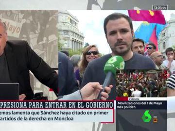 """Alberto Garzón: """"Sánchez en campaña electoral es muy rojo, muy rojo, pero cuando acaba la campaña se vuelve naranja"""""""