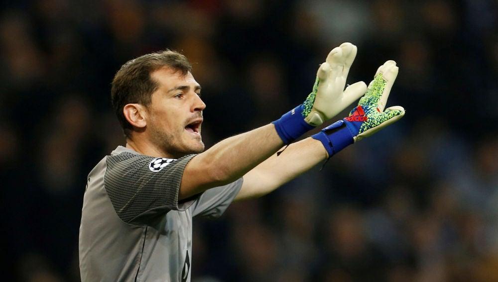 Iker Casillas, durante un partido
