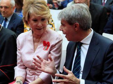 Esperanza Aguirre y Ángel Garrido durante los actos del Dos de Mayo