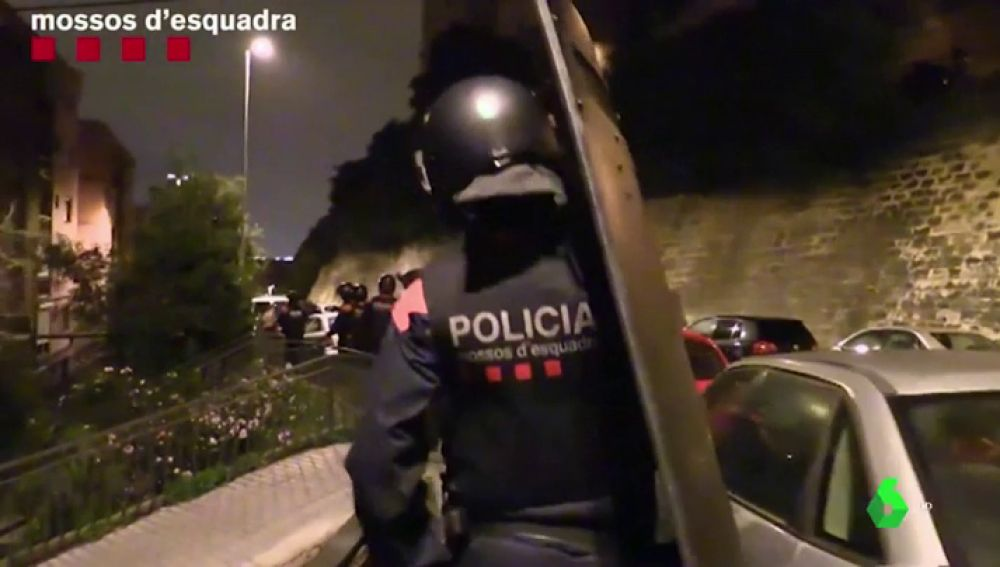 Los Mossos desarticulan una banda que robaba coches en Cataluña para luego venderlos fuera de España