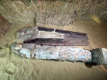 Imagen de las tumbas encontradas en las pirámides de Giza