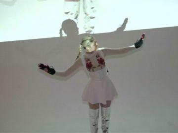 Componer música al alcance de tu mano: los nuevos guantes que crean sonidos con los movimientos de tu cuerpo
