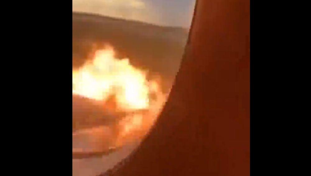 Imágenes del interior del avión incendiado en Moscú