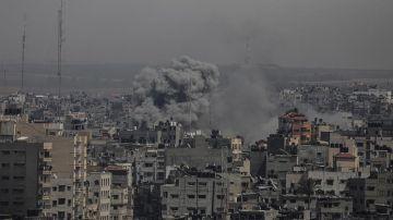 Impacto de cohetes en el conflicto entre Israel y Hamás