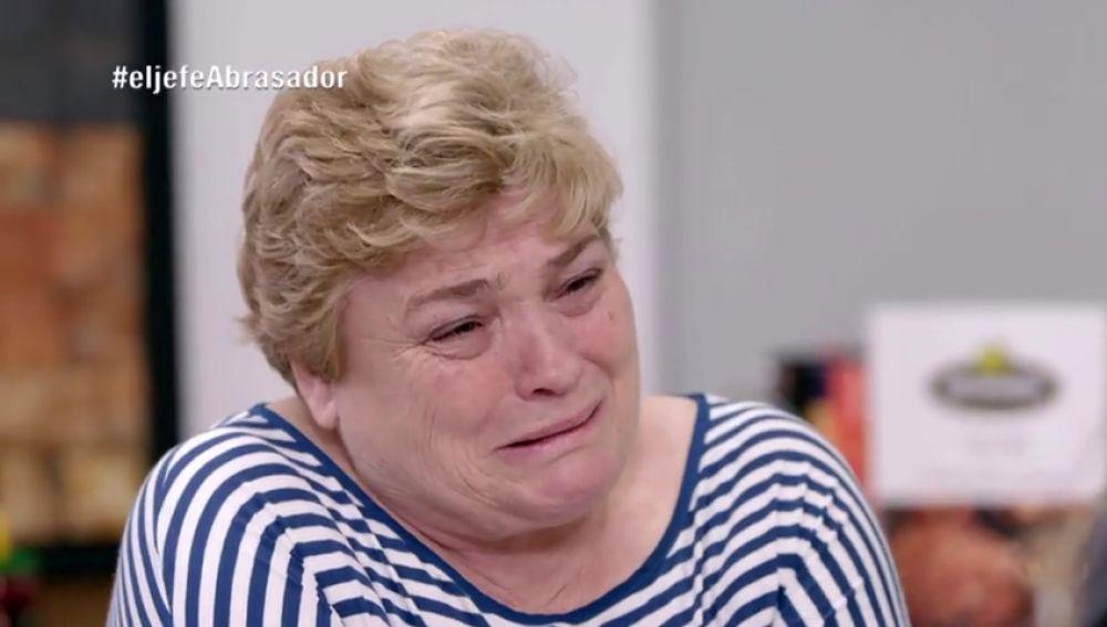 """Lourdes se planta llorando ante las críticas de 'La Jefa infiltrada' de Abrasador: """"Con 61 años no me llevo estos disgustos más"""""""