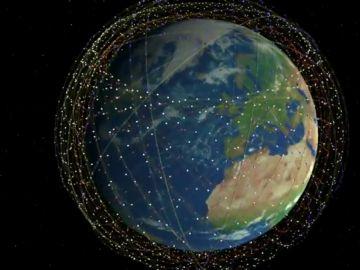 Crear una enorme constelación de satélites para ofrecer Internet a banda ancha a cualquier rincón del planeta, la última odisea espacial de Elon Musk