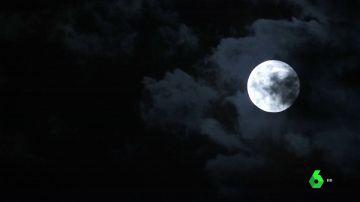 La luna azul, es extraño fenómeno que alumbra el cielo de Berlín