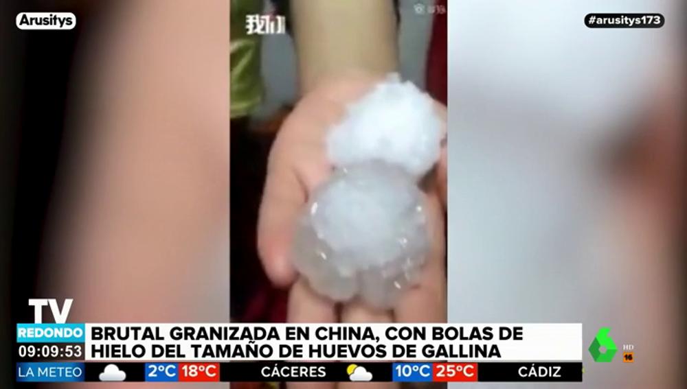 Una espectacular tormenta de granizo en China deja bolas de hielo del tamaño de un huevo