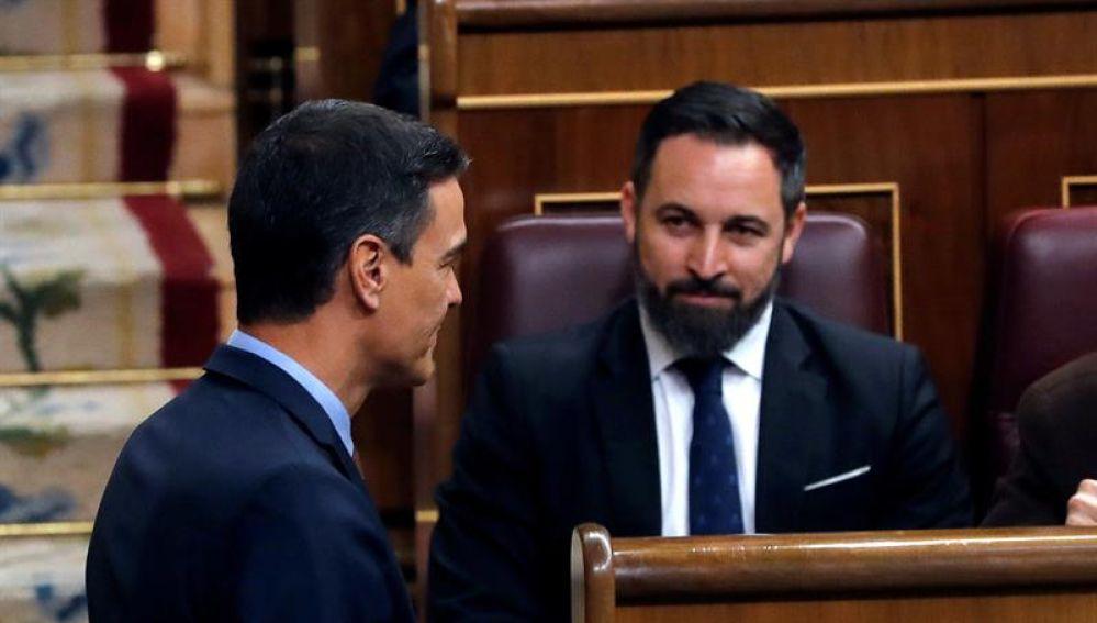 Santiago Abascal y Pedro Sánchez en el Congreso