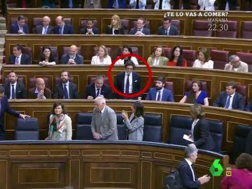 """La 'cobra' de Sánchez a un diputado de Vox: """"Lo peor de todo es que no puede ponerse rojo"""""""