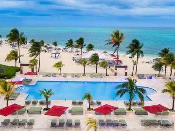 Piscina con vistas en Grand Bahama