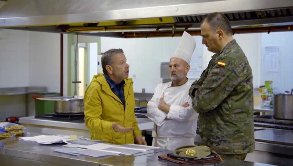 """Chicote destapa el error del menú en el Ejército: """"El equilibrio nutricional está más bien olvidado"""""""