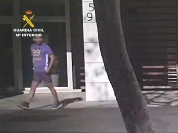 La Guardia Civil ha seguido el rastro del detenido en Ibiza y Barcelona
