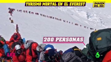 Dos muertos en la interminable cola por coronar el Everest