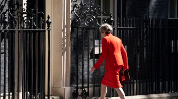 Theresa May, tras anunciar su dimisión