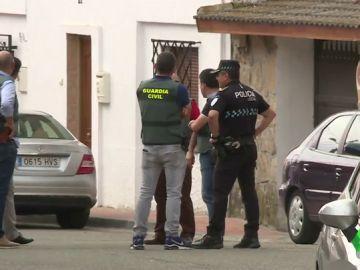 Analizan restos biológicos hallados en la casa del detenido por la desaparición de Roberto en Casarrubios