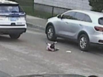 Una niña de un año consigue sobrevivir tras ser atropellada por un coche patrulla