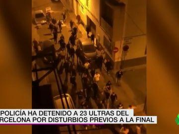 Detenidos 23 aficionados radicales del Barcelona por altercados en Sevilla