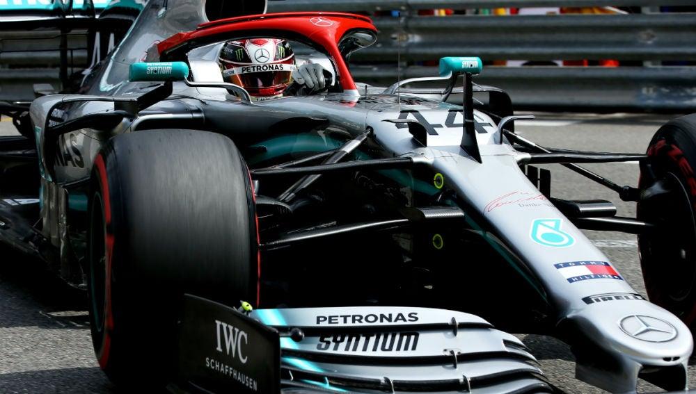 Lewis Hamilton, con el Mercedes