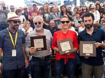 Leonor Watling, Rodrigo Sorogoyen y Carlos Blanco junto al director del Festival de Cans Alfonso Pato