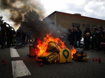 Protesta por la muerte de un repartidor de Glovo en Barcelona