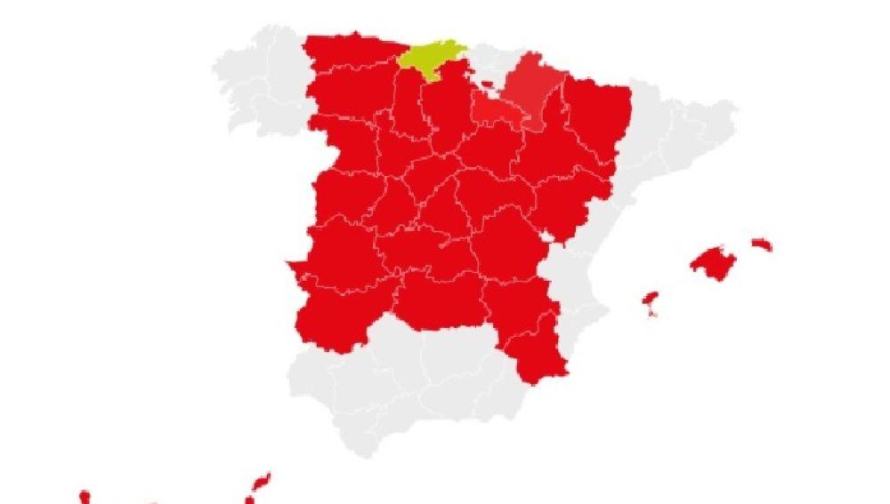 El PSOE tiñe de color rojo España