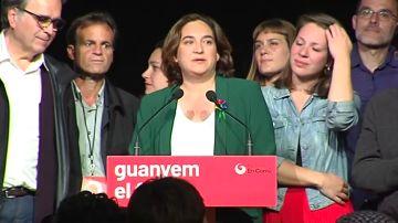 Ada Colau agradece el apoyo a sus votantes en una coparecencia con sabor a despedida