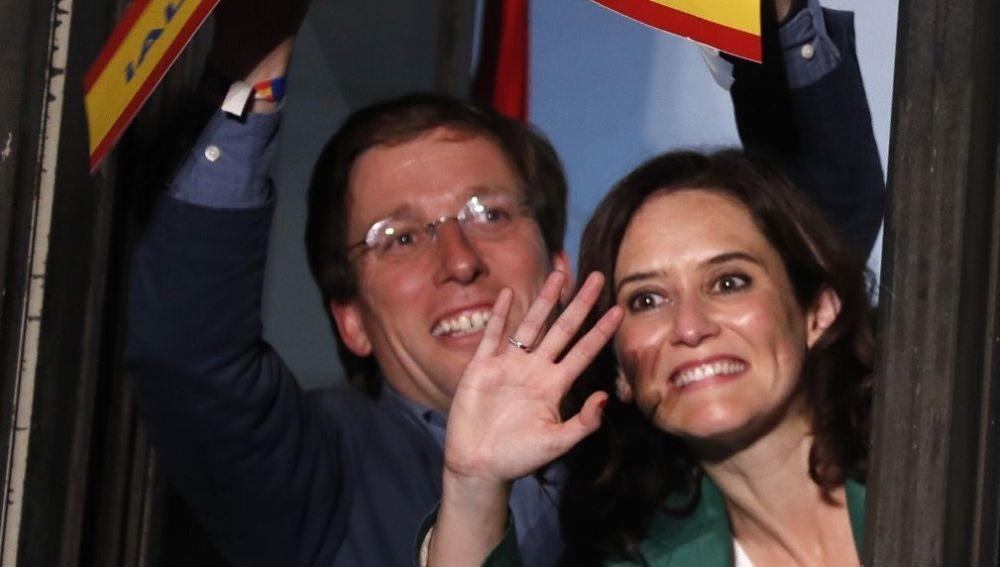 Isabel Díaz Ayuso y Martínez Almeida